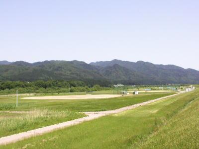 関川村スポーツ公園全景